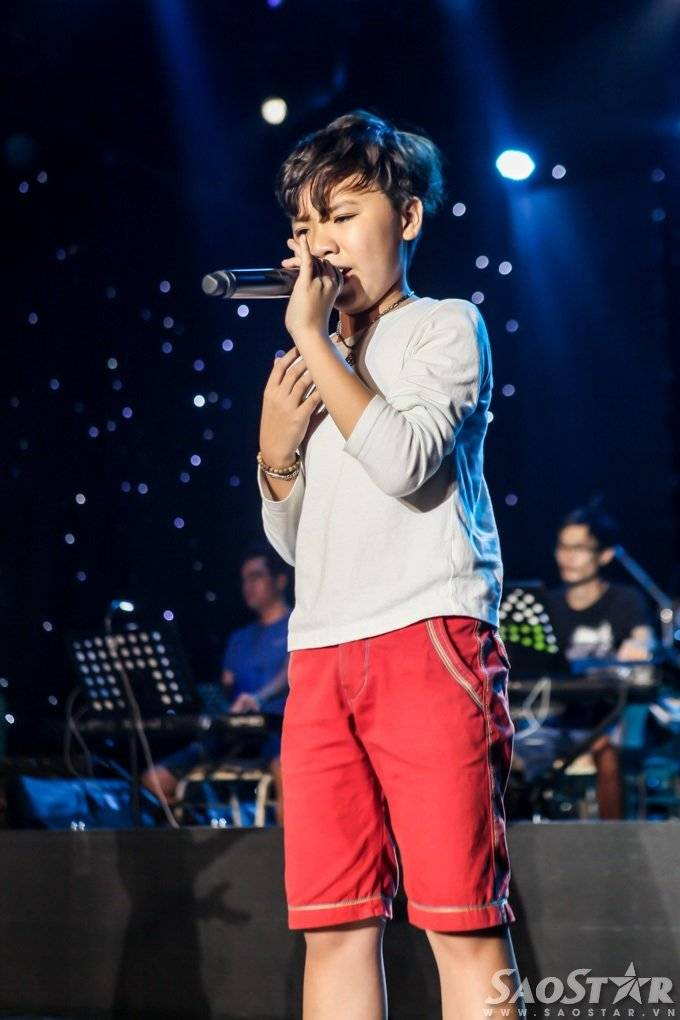 saostar - Cong Quoc - The voice Kids (16)