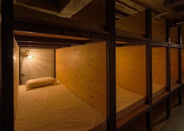book_bed_2