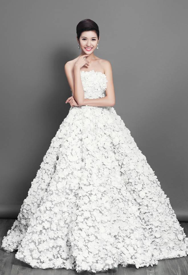 0411_Official_Gown05