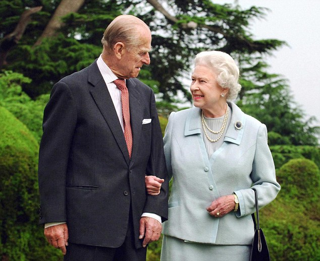File photo dated 18/11/07 of Queen Elizabeth II and the Duke of Edinburgh at Broadlands. PRESS ASSOCIATION Photo. Issue date: Sunday May 20, 2012. See PA story ROYAL Jubilee Philip. Photo credit should read: Fiona Hanson/PA Wire