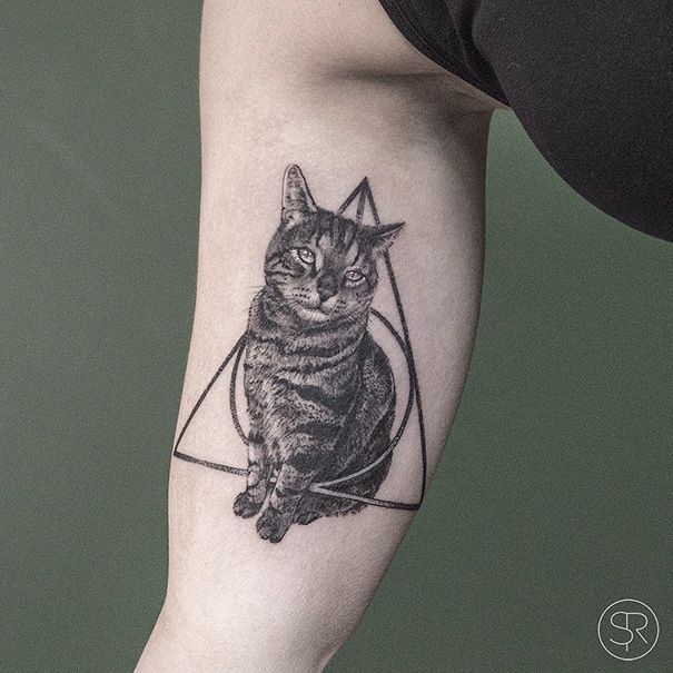 cat-tattoo-ideas-11-5804c36ab1fa0__605