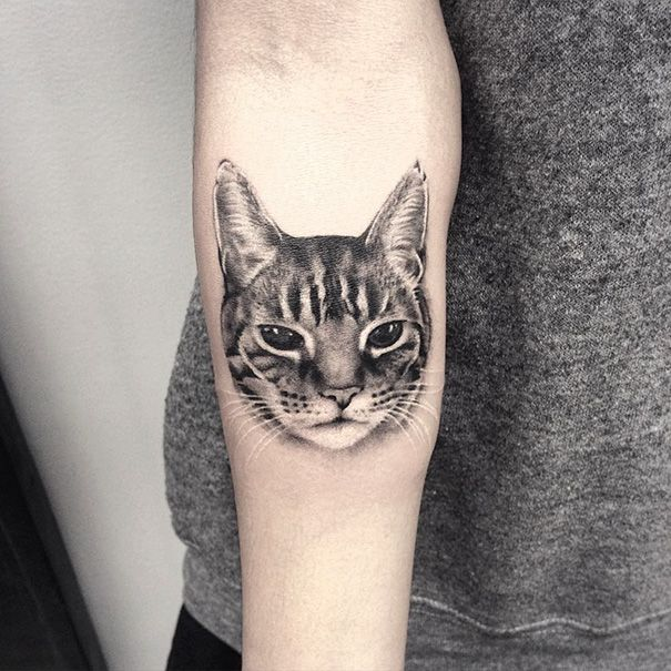 cat-tattoo-ideas-79-5804dbd6836e8__605