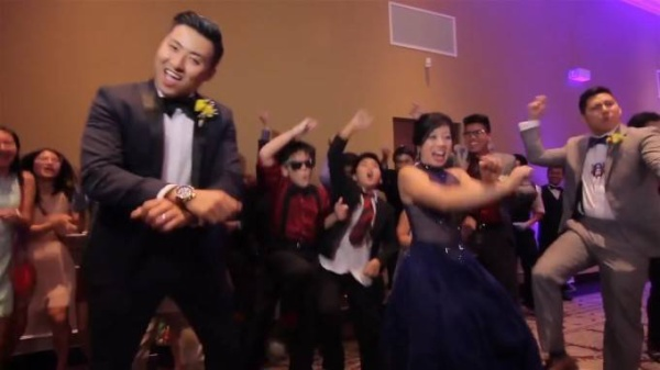 EPIC WEDDING MUSIC VIDEO WITH 250 GUESTS IN ONE TAKE! - YouTube (720p).Still008