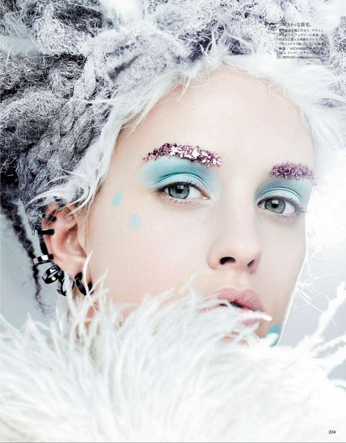 Ghoulish-Snow-Queen-3
