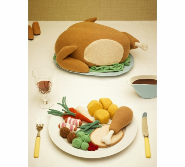 knitted_christmas_dinner_jessica_dance_web2_860