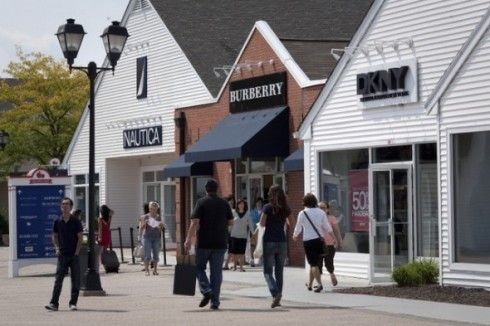 Woodbury Common Premium Outlets Shopping.