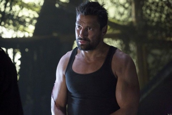 """Arrow -- """"The Odyssey"""" -- Image AR114c_9336b -- Pictured: Manu Bennett as Slade Wilson -- Photo: Jack Rowand/The CW -- © 2013 The CW Network. All Rights Reserved."""