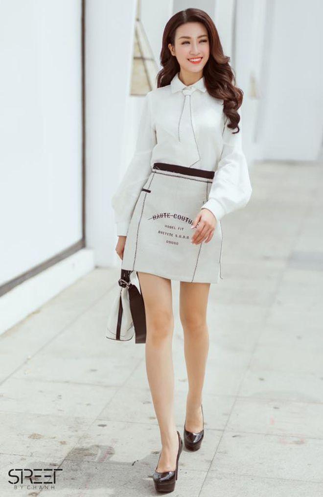 Và dĩ nhiên, không thể thiếu phong cách thời trang sành điệu xuống phố.