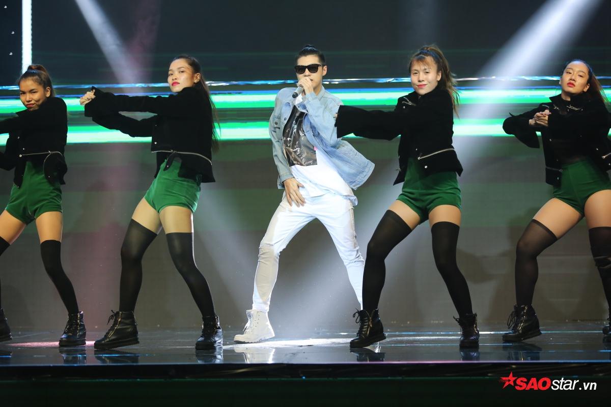 """Ngoài vị trí giám khảo khách mời, Noo Phước Thịnh sẽ mang đến một tiết mục tuy quen thuộc nhưng sự mới lạ trong bản phối và vũ đạo sẽ khiến khán giả """"đứng ngồi không yên""""."""