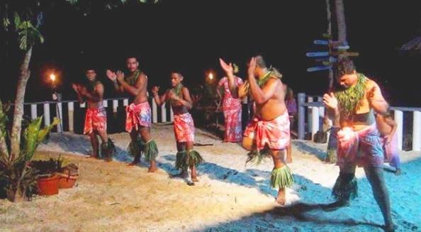 Người dân Samoa đón năm mới bằng các vũ điệu truyền thống.