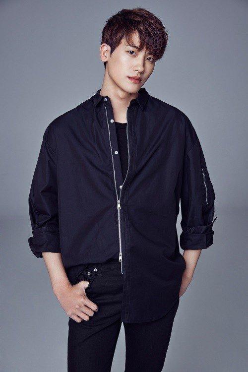 Nam diễn viênPark Hyung Sik