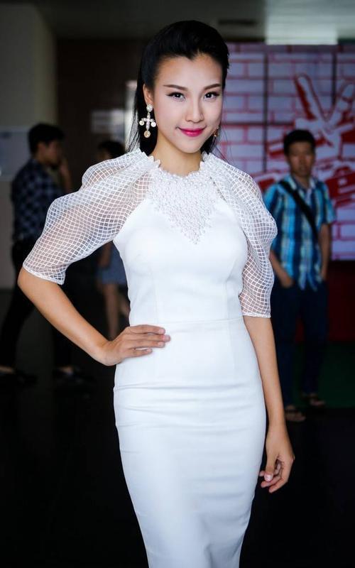 Chương trình giọng hát Việt nhí phát sóng tập đầu tiên của vòng giấu mặt cuối tuần qua. Vừa ra mắt nhưng cuộc thi nhận nhiều sự quan tâm của khán giả.