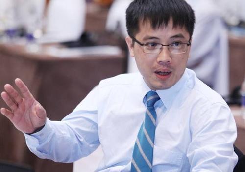 """Ông Đậu Anh Tuấn, trưởng ban pháp chế VCCI: """"Tỉ lệ hài lòng về tình hình kinh tế hiện tại đã giảm xuống mức rất thấp"""""""