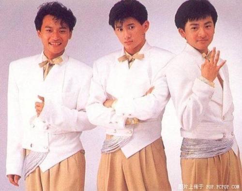 Trần Chí Bằng sinh năm 1971, anh có sự nghiệp khá ổn khi cùng Ngô Kỳ Long, Tô Hữu Bằng lập thành nhóm Tiểu Hổ.