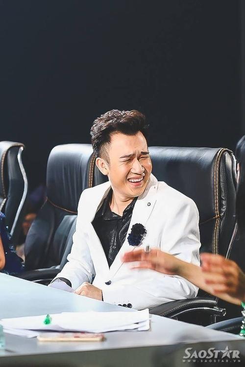 Chí Thành có một giọng hát quá cao, quãng quá rộng mà ca sĩ chuyên nghiệp cũng phải kính nể.