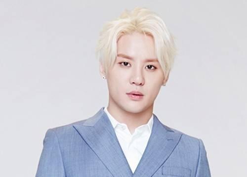 Ca sĩ Kim Junsu (JYJ).