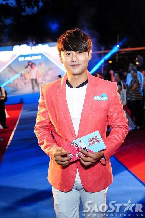 Ca sĩ Ưng Đại Vệ. Anh đảm nhận vai trò sáng tác nhạc cho tác phẩm điện ảnh này.