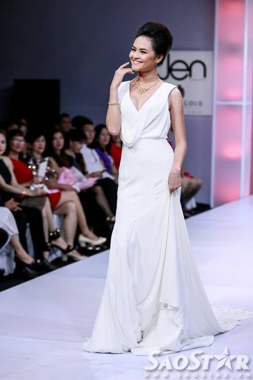Người mẫu - diễn viên Quỳnh Trang.