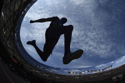 Roman Valiyev và khoảng trời xanh ngắt khi nhảy ba bước