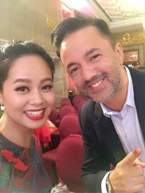 Hoàng Quyên và nhà sản xuất RedOne.