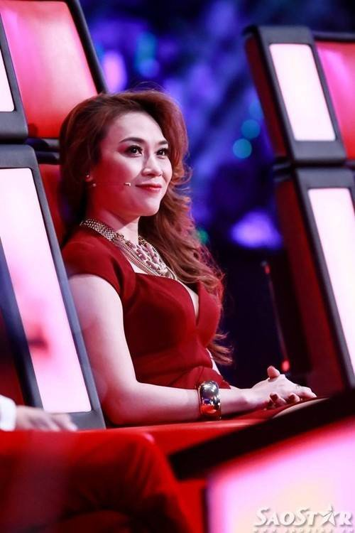 HLV Mỹ Tâm trên ghế nóng The Voice phiên bản Việt tối qua.