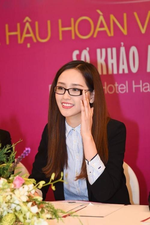 Mai Phuong Thuy la giam khao HHHVVN 1