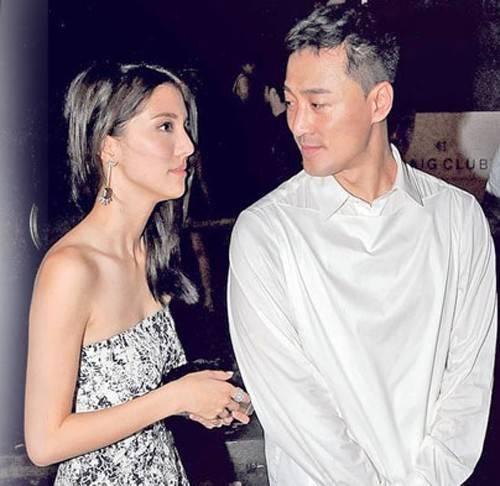 """Chi nhiều tiền bạc cho bạn gái, Lâm Phong khiến bố mẹ lo lắng anh bị """"đào mỏ""""."""