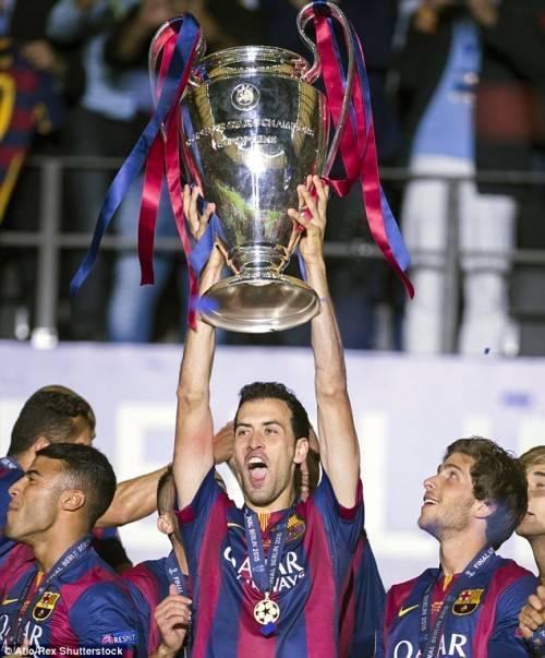 ...Cùng Barca dành vô số các danh hiệu.