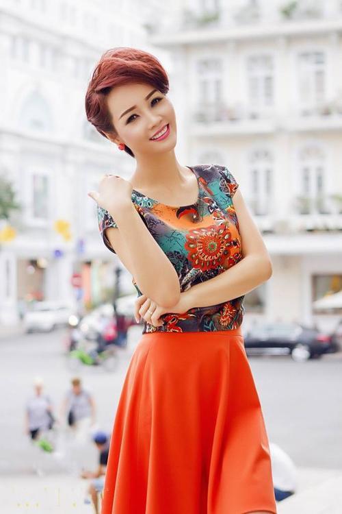 57465Mai Thu Huyền (10)