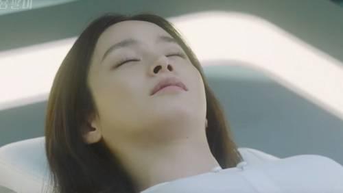 saostar-kim-tae-hee-bi-bat-tai-04