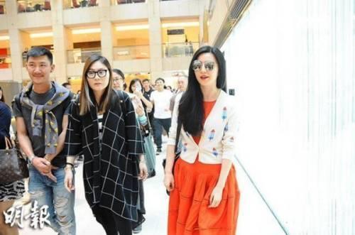 Phạm Băng Băng tươi tắn trong những ngày ở Hong Kong mua sắm.