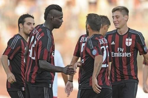 """""""Ngựa chứng"""" có màn ra mắt ấn tượng khi trở lại Milan"""