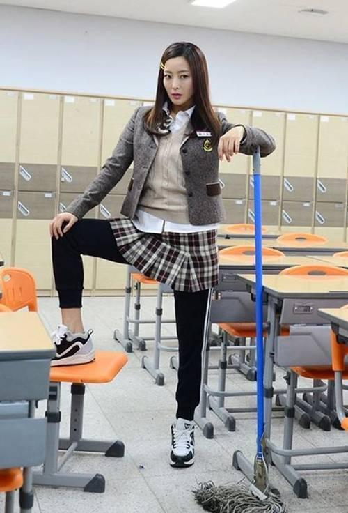 sao-han-cua-sung-lam-nu-sinh-07