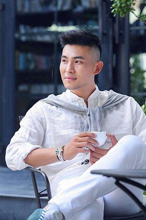 saostar - Nguyen Hong An - bo anh moi - lich lam - album ve xa hoi (10)