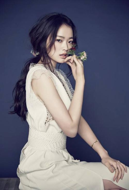 Diễn viên Chun Woo Hee.