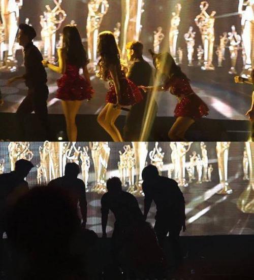 Trước đó, hồi đầu năm nhóm lẻ TaeTiSeo gặp sự cố tại 2014 Seoul Music Awards. Sau khi biểu diễn xong, thành viên Tiffany bị trượt chân suýt ngã, ngay sau đó trưởng nhóm Taeyeon chuẩn bị đi vào cánh gà thì bất ngờ ngã thụt xuống một chiếc hố khi vẫn còn trên sân khấu. Cú ngã khiến nữ ca sĩ bị thương nhẹ. Sau khi tai nạn xảy ra, ban tổ chức Seoul Music Awards lên tiếng xin lỗi Taeyeon vì bất cẩn trong khâu chuẩn bị.