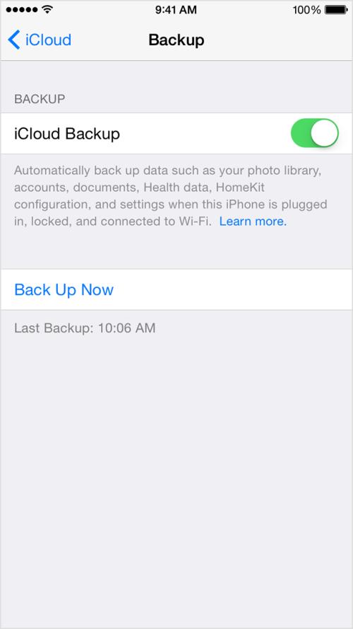 Bạn có thể sao lưu bằng cách backup lên iCloud nếu dung lượng iCloud của bạn đủ lớn