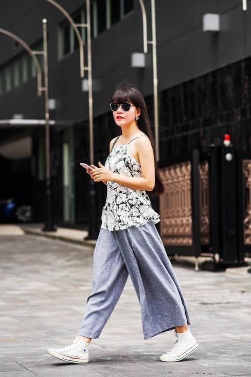 saostar - Ho Duyen Trang - quy co - street style (1)