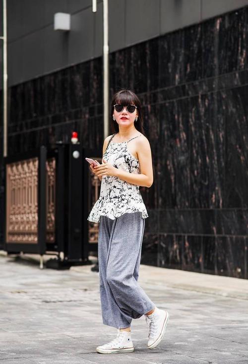 saostar - Ho Duyen Trang - quy co - street style (12)
