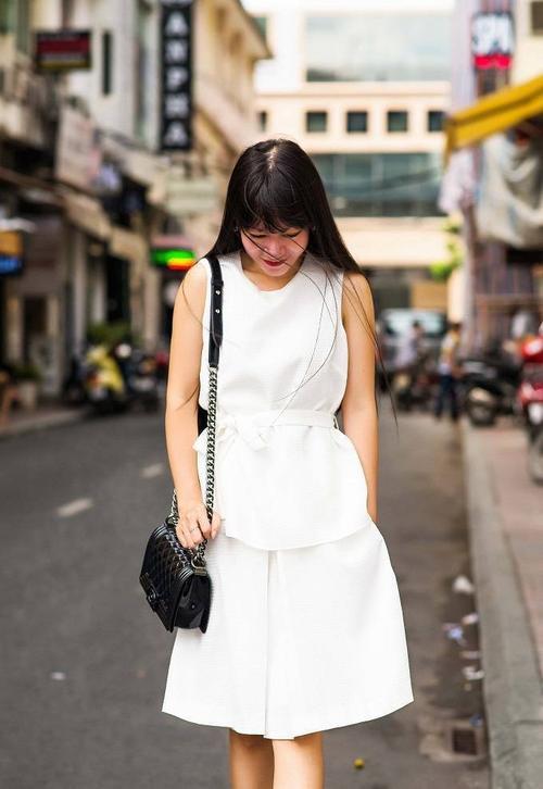 saostar - Ho Duyen Trang - quy co - street style (9)