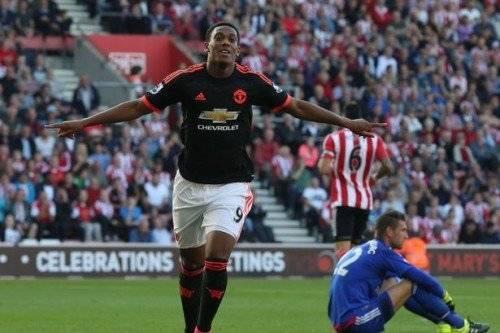 Martial có trận đấu xuất sắc trước Southampton