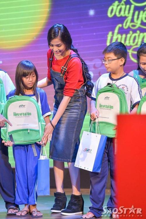 truong thi may (14)