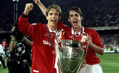 Gary và Phil Neville
