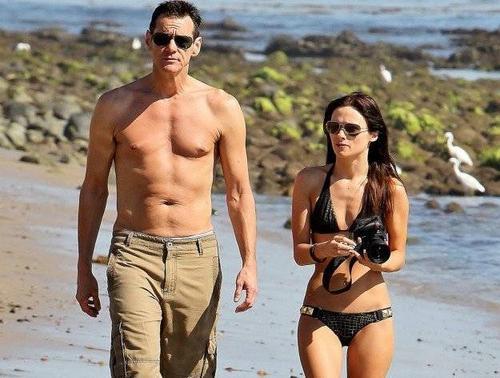 Jim Carrey hẹn hò  Cathriona White từ năm 2012.