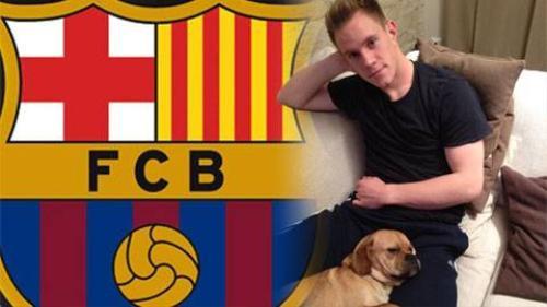 Marc-Andre ter Stegen cùng chú chó anh yêu.