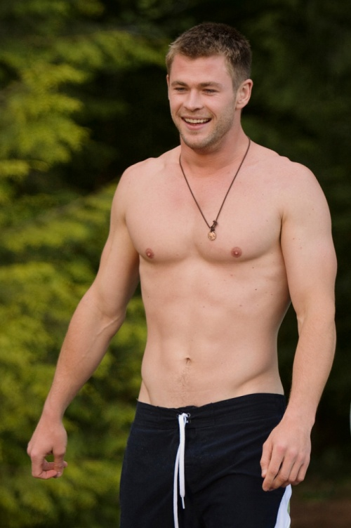 hemsworth shirtless cabin