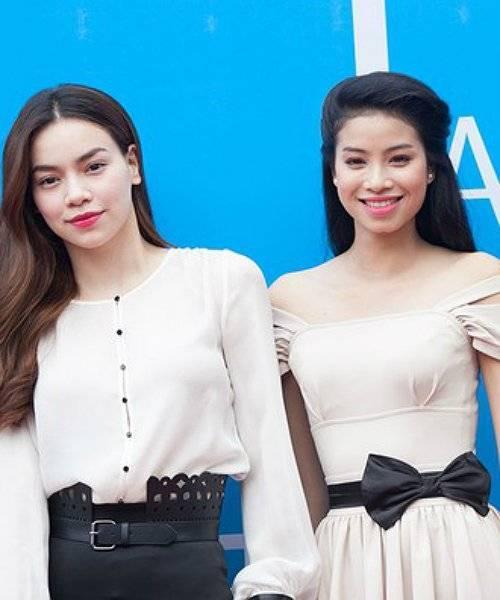 Bản chính Hồ Ngọc Hà từng gặp bản sao Phạm Hương trong một sự kiện ở Hà Nội vào năm ngoái.
