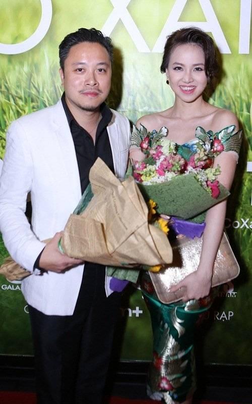 Tại buổi ra mắt phim Tôi thấy hoa vàng trên cỏ xanh tại TP. HCM vào tối ngày 29.9, Đinh Ngọc Diệp cũng đến chúc mừng bạn trai. Tuy nhiên, cô luôn lảng tráng câu hỏi về việc kết hôn. Trong khi đó, Victor Vũ lại khẳng định tình cảm của cả 2 là có thật.