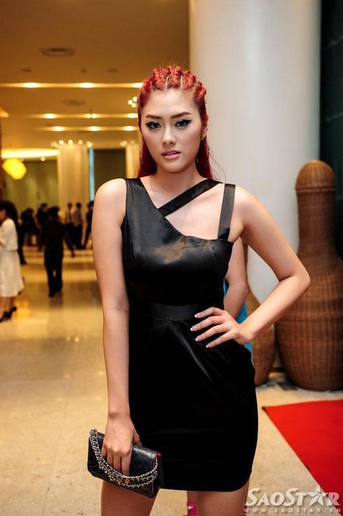 Người mẫu trẻ Huỳnh Tiên - em gái Huỳnh Vân.