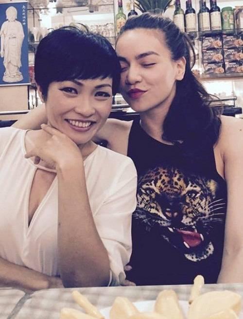 Sau nhiều năm Hồ Ngọc Hà và Phương Thanh vẫn là đồng nghiệp thân thiết.